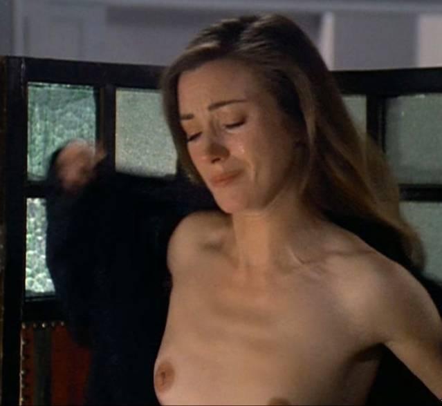 fiona gubelmann nude gifs